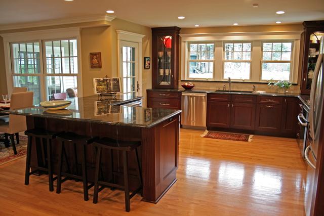Flynn's Medallion Kitchen