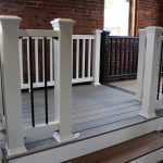 Trex Railing Select in White with Aluminum Round Black balusters