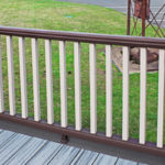 Trex Railing Transcend Crown Top Rail in Vintage Lantern with Transcend Square Balusters in Rope Swing