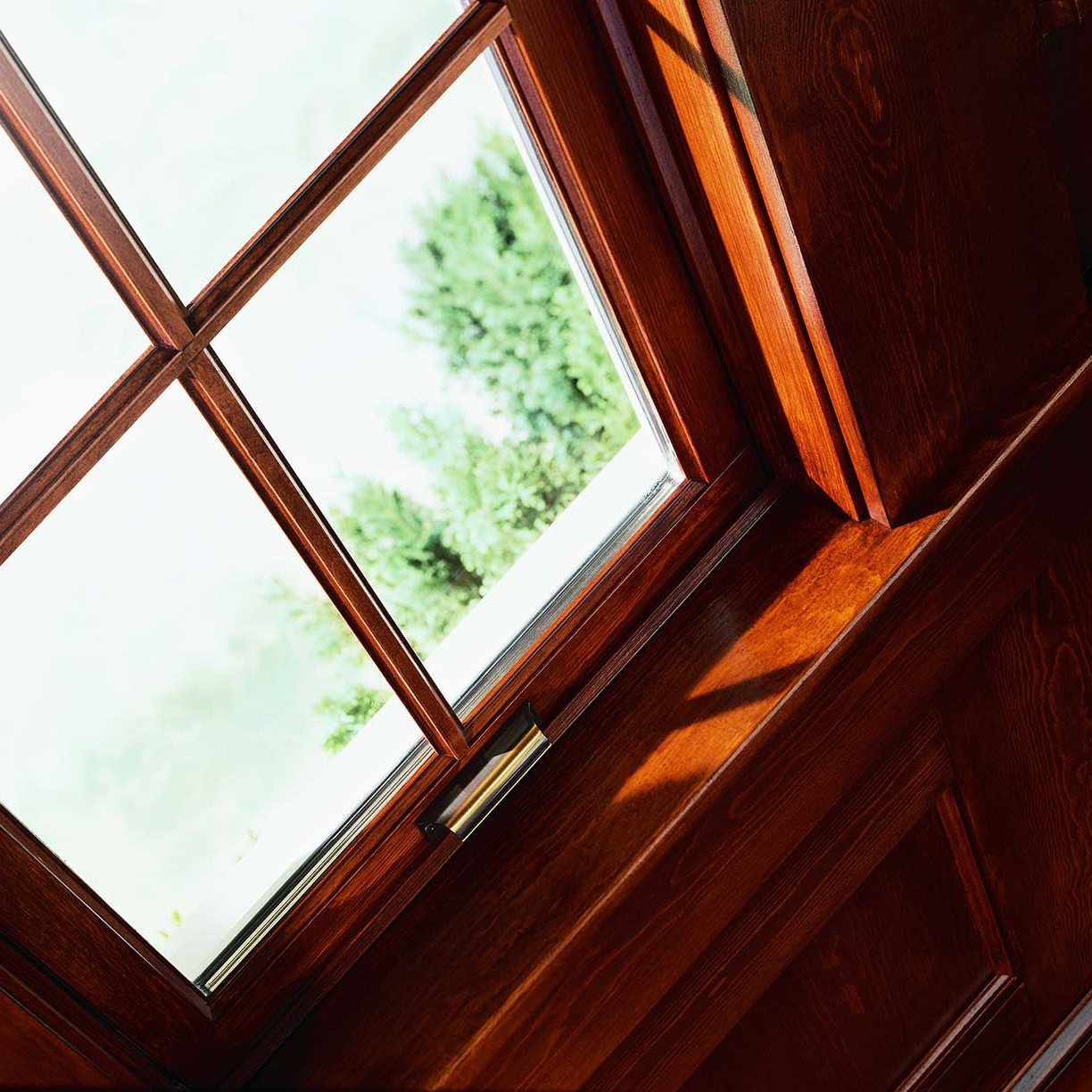 WOODWRIGHT DOUBLE-HUNG INSERT WINDOW