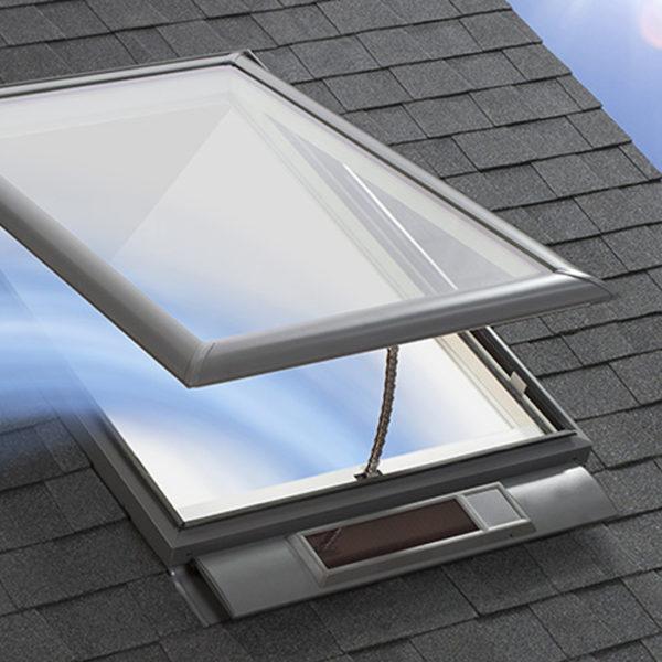 SOLAR POWERED FRESH AIR SKYLIGHT